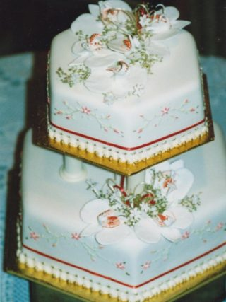 Orchid 2 Tier Wedding Cake